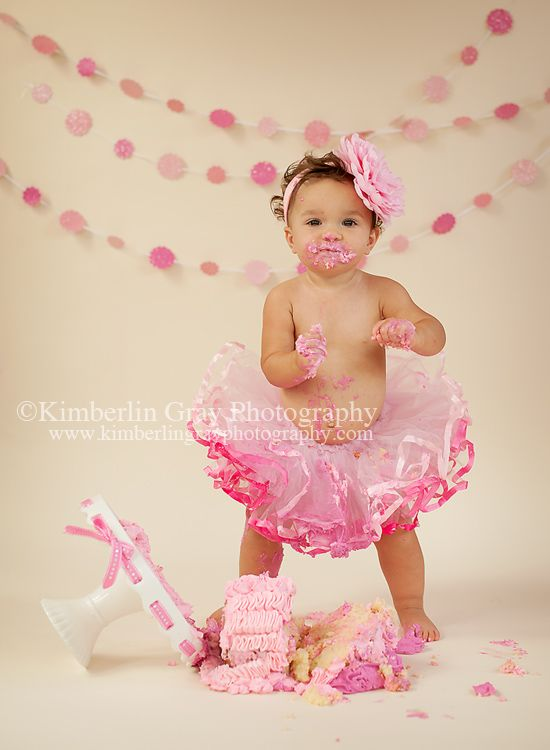 Pretty Princess | Virginia Beach 1st Birthday Baby Photographer | Kimberlin Gray PhotographyPremier Newborn & Family Photographer in Virginia Beach