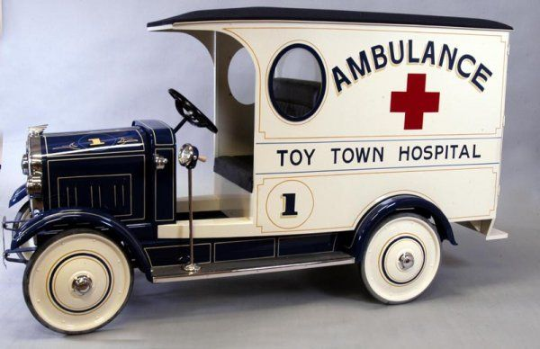 contemporary pedal cars | 1798: CONTEMPORARY AMBULANCE PEDAL CAR : Lot 1798