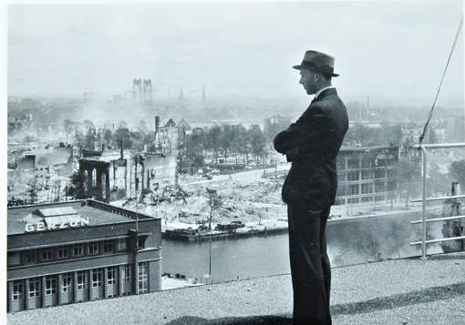 Unieke panoramafoto toont verwoest Rotterdam - AD.nl - foto's