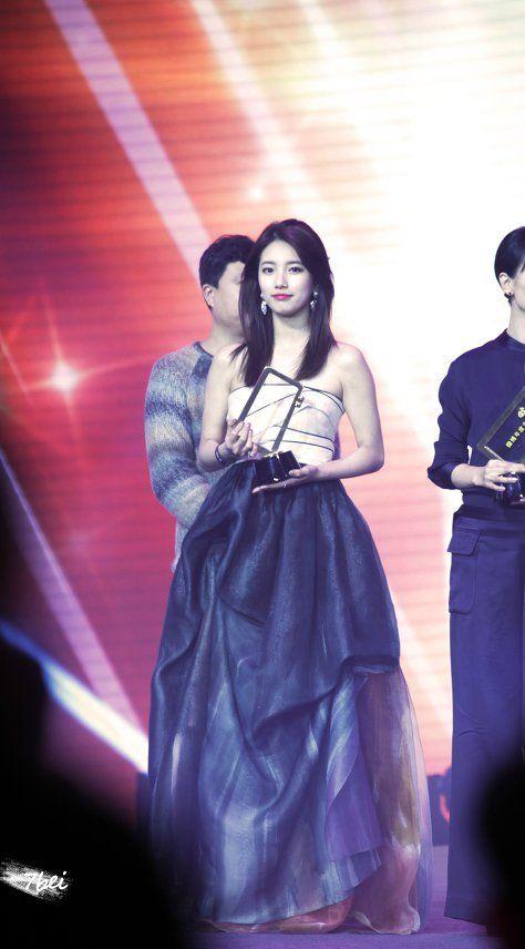 중국 행사에서 퓨전 한복입은 존예 수지 - Daum 영화