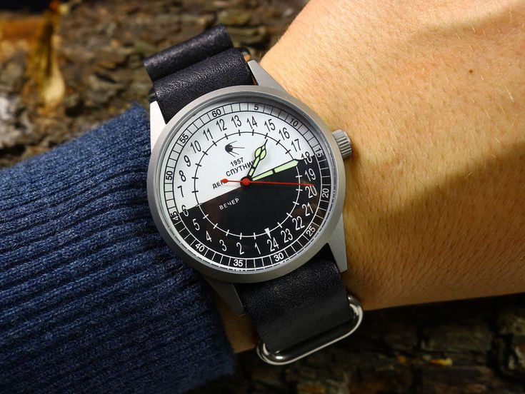 Soviet Raketa <b>watch</b> Satellite 1957 Vintage <b>Military Mens Watch</b> 24 ...