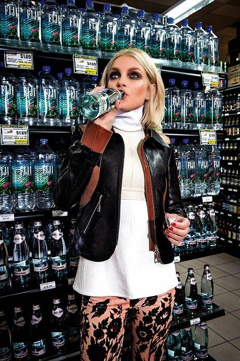 Jessica Stam - Harper's Bazaar Magazine, Russia, October 2014