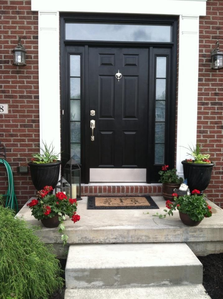Top 25 ideas about black front doors on pinterest entry for Side doors for houses