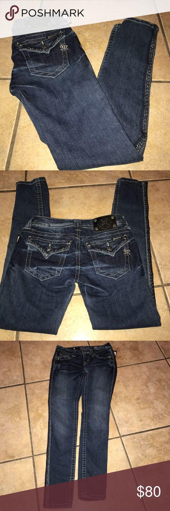 Miss Me Skinny Jeans NWT Size 26 Miss Me Skinny Jeans NWT Size 26 approx 30.5 inch inseam Miss Me Jeans Skinny