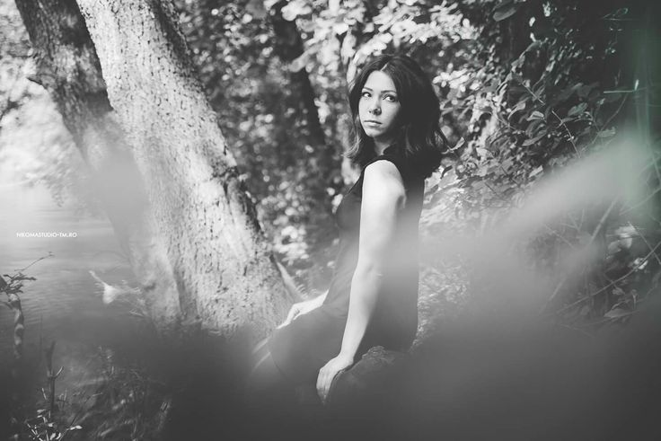 #black&white #nature #forest #woods #photoshoot