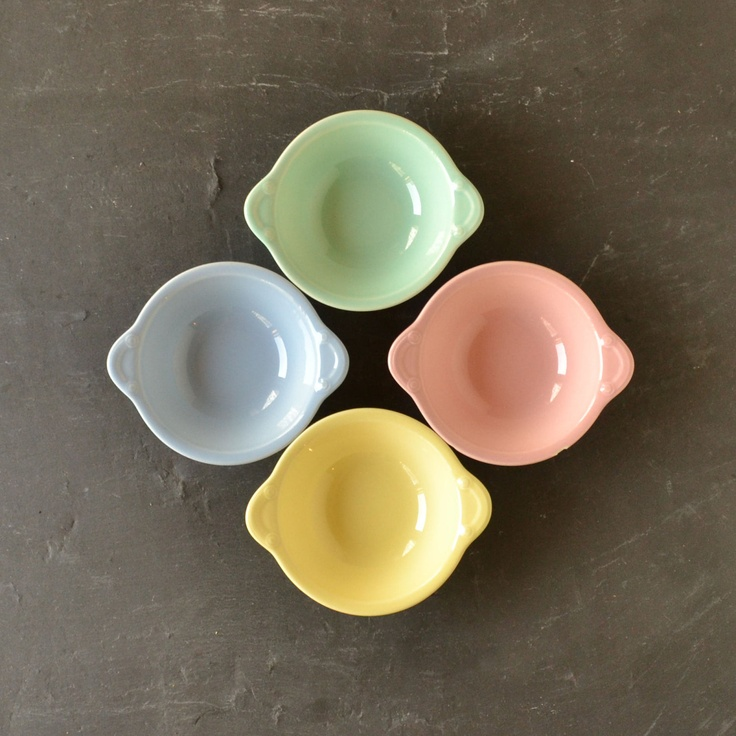LuRay Lu Ray Pastels Dinnerware - Lugged Soup Bowl - Taylor Smith and Taylor - Set of 4 & 93 best luray pastels images on Pinterest   Pastels Dinnerware and ...