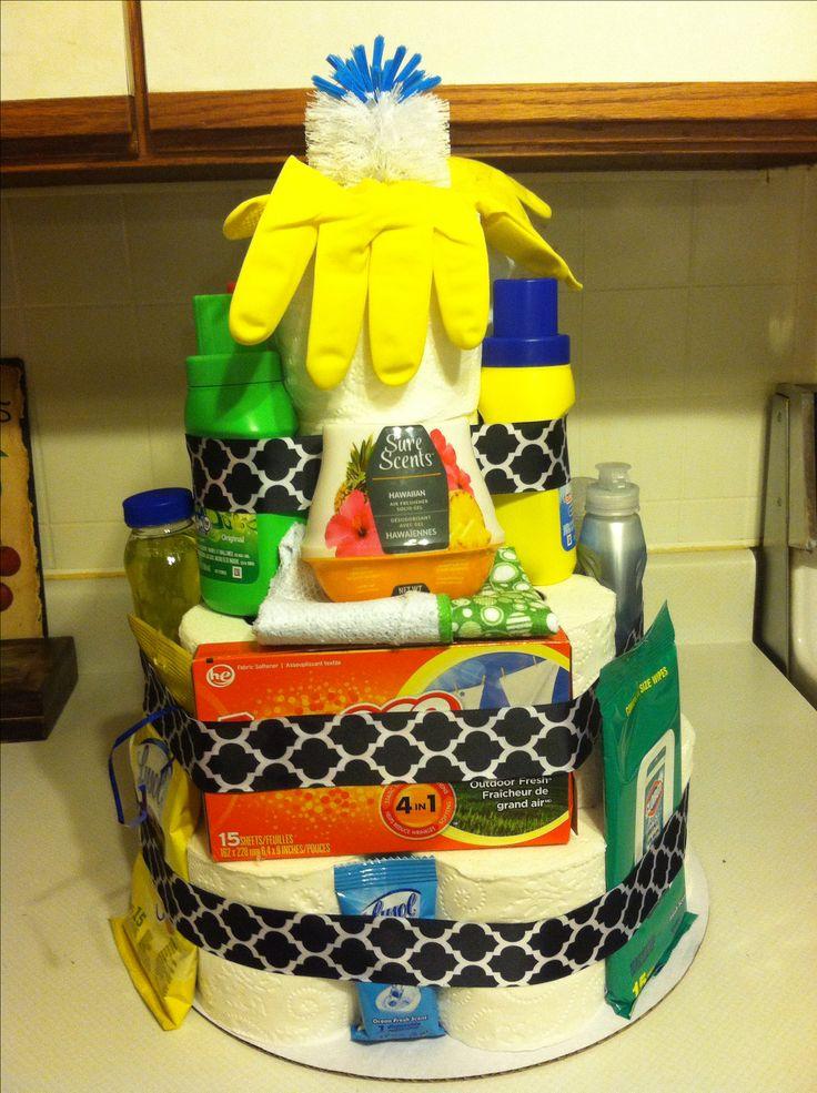 Cute housewarming gift! Toilet paper cake!
