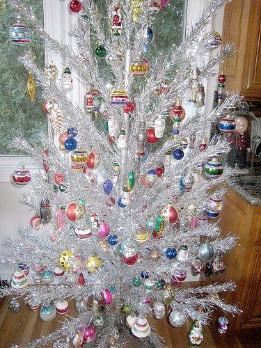 aluminum christmas tree | Vintage Retro Aluminum Christmas Tree