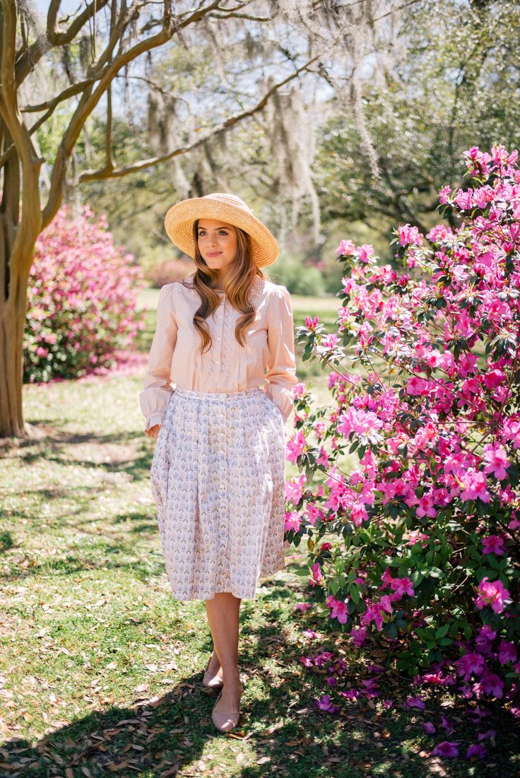 Gal Meets Glam Azalea Tea Party Picnic - Rebecca Taylor top & Brooks Brothers skirt