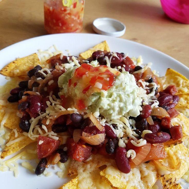 Zoete chilisaus maak je heel makkelijk zelf! Superlekker bij nachos!