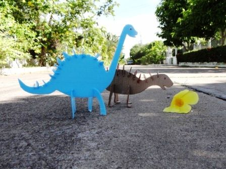 How to make a dinosaur out of paper (1)