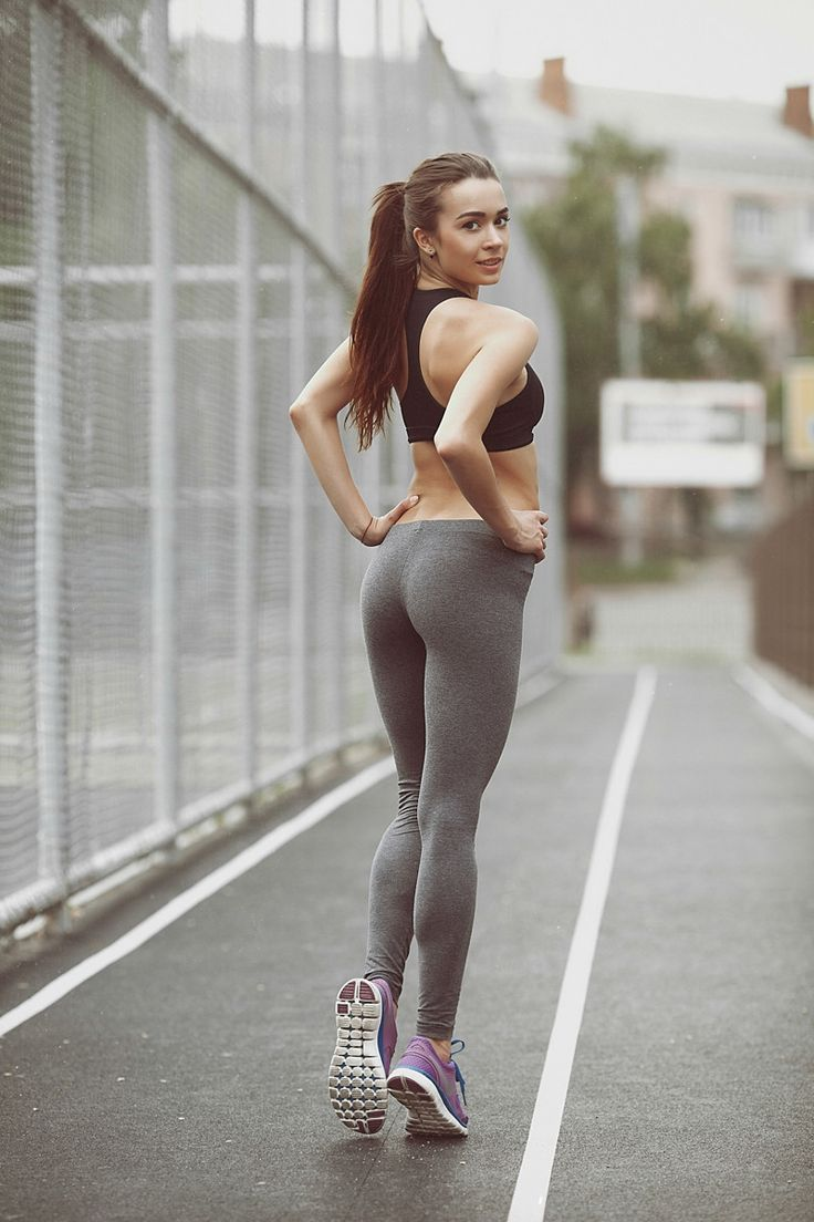 Sexy Toned And Fit Babes  Backside  Yoga Pants, Fitness