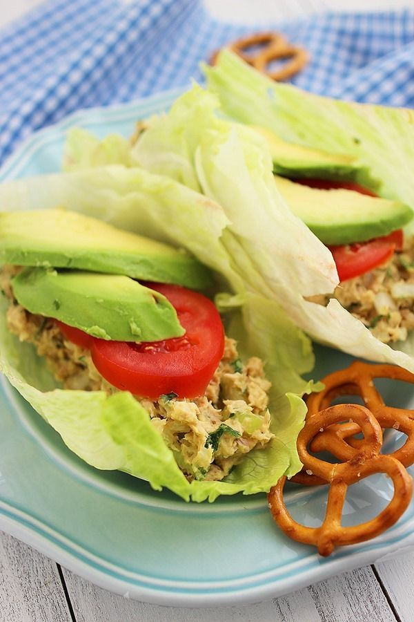 Avocado Tuna Salad Lettuce Wraps: low cal, low carb, high protein