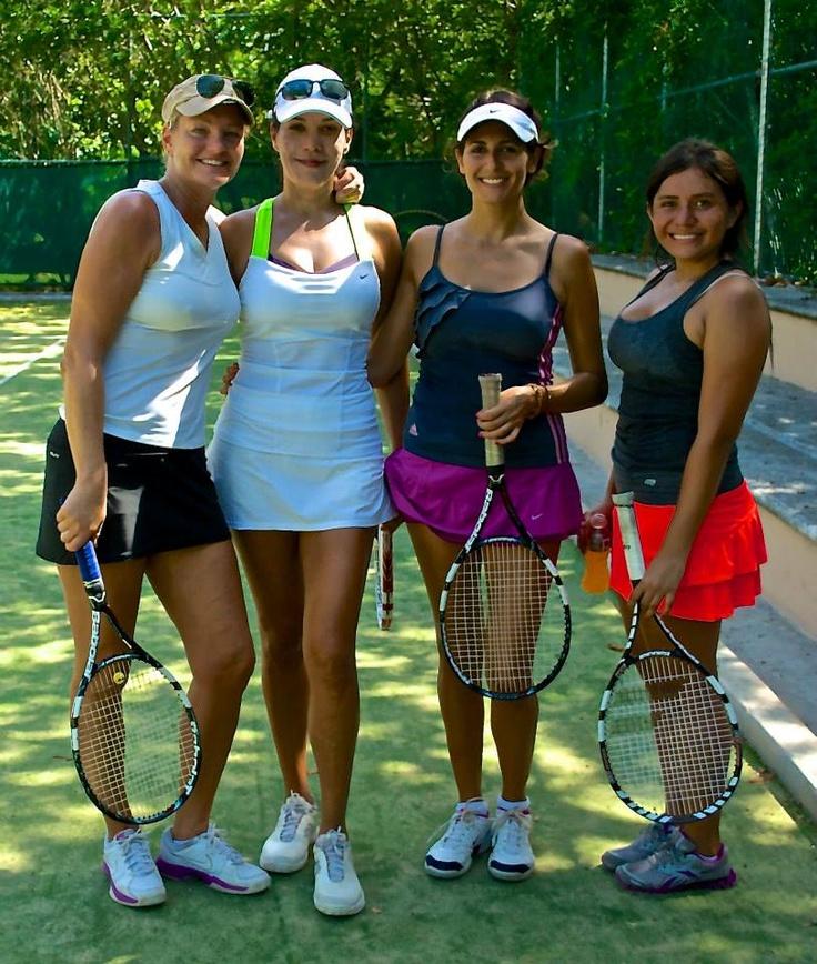 Aquí más participantes del torneo de Tenis en Puerto Aventuras Golf & Racquet Club