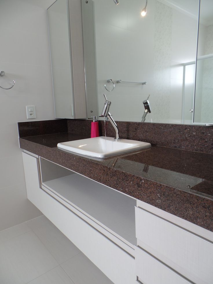 Bancada de Banheiro em Granito Café Imperial