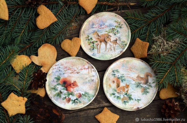 """Купить Набор деревянных тарелок """"Лесные жители"""" в интернет магазине на Ярмарке Мастеров"""