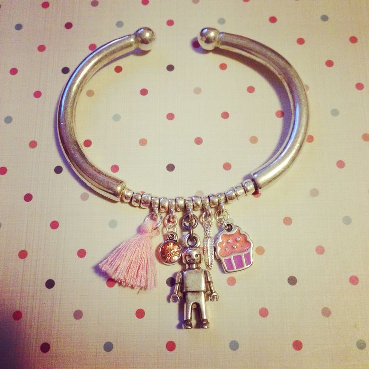 Pulsers playmobil plata con charms.