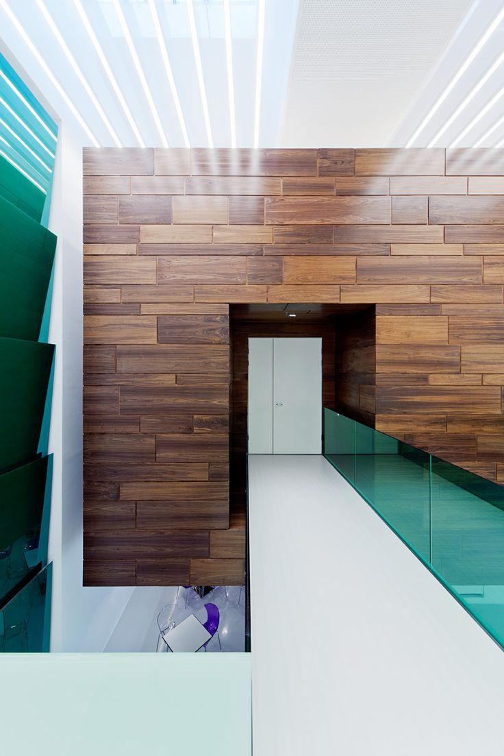 Sauflon Centre of Innovation by Földes Architects / #glass #innovation #architecture #reflection