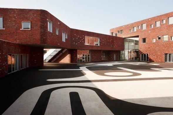 Galerie k příspěvku: Střední škola Levi Strauss | Architektura a design | ADG