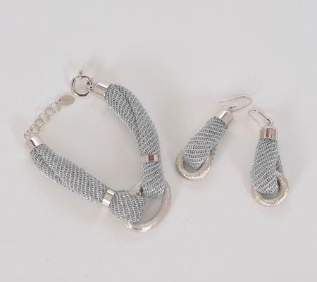 Gioielli Fifth Avenue http://www.lodishop.com/negozio/rizzi-gioielli-via-oldrado-da-ponte/ #jewelry #gioielli #lodi #italy