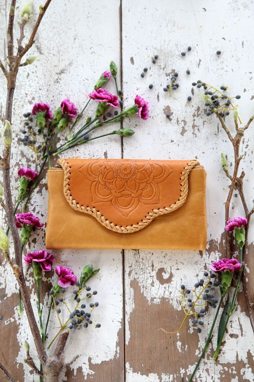 Tan Tooled Wallet