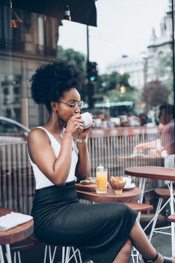 Coiffures naturelles pour l'ethnie noire-choisissez votre style de la collection