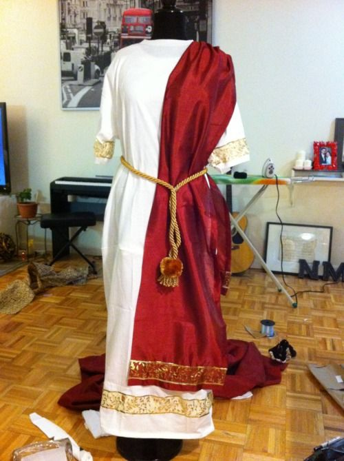 Natalie's Creations - DIY Julius Caesar Halloween Costume