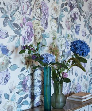 Designers Guild Viola Wallpaper - This gorgeous digitally printed wallpaper offers beautiful romantic hand-drawn florals in muted tones for a peaceful character and mature grace