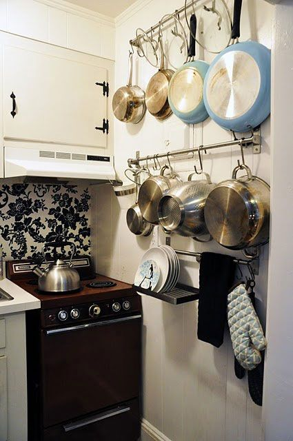 Smart Solutions for Your Small Apartment Kitchen