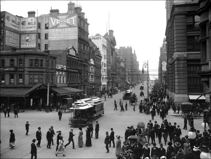 1916 Collins St, Cnr Swanston looking West