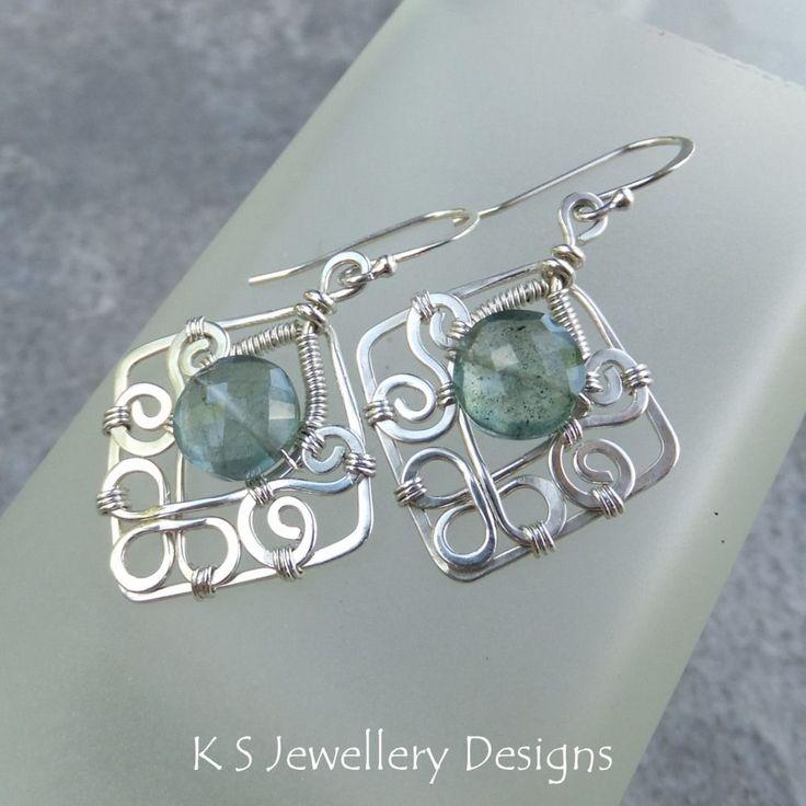 Blossom Drops (Pendants & Earrings) | JewelryLessons.com