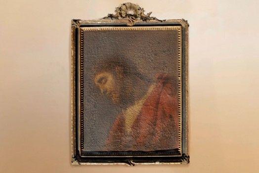 """Dipinto olio su tela raffigurante """"Ecce Homo"""". Prima tela, primo telaio, prima cornice. Misura con la cornice cm 59×73. Attribuzione scritta a Paolo de Matteis dalla dottssa Mina Gregori."""