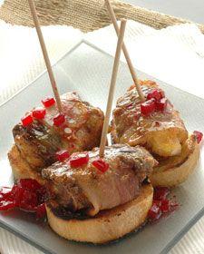 Pinchos de pimiento, panceta y queso