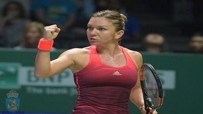 Astazi s-a tras la sorti meciurile primului tur pe tabloul principal al turneului WTA de la Madrid, turneu desfasurat pe zgura si dotat cu premii în valoare de 5,924,318 de euro. Patru românce sunt pe tabloul principal al turneului WTA de la Madrid, a treia favorită a turneului, Simona Halep, a căzut la sorți cu sora geamănă a jucătoarei aflate pe a treia poziție a clasamentului WTA, Karolina Pliskova, și anume Kristyna Pliskova, locul 58 mondial. Irina Begu, locul 29 WTA, va juca contra…