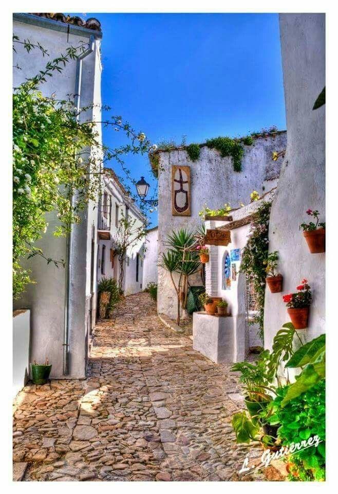 Cádoz, Andalucía