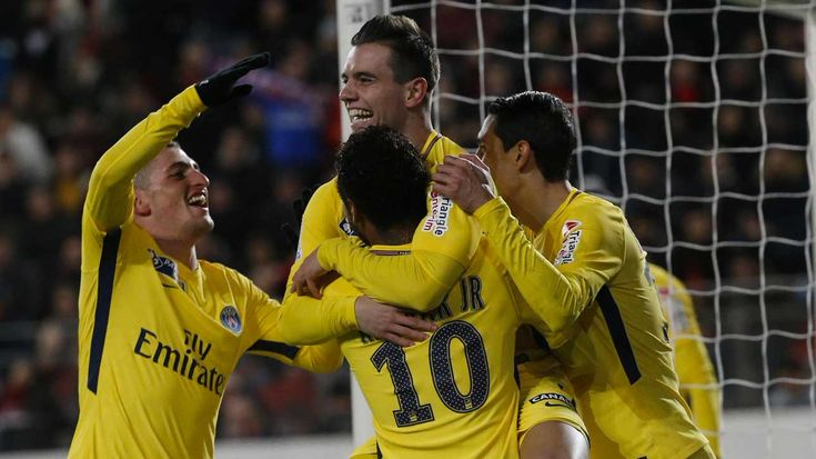 Copa de Francia | PSG con gol de Lo Celso derrotó a Rennes y es finalista  Foto: Diario Jornada  Paris Saint Germain con un gol del talentoso mediocampista argentino derrotó hoy a Rennes 3 a 2 y se clasificó a la final de la Copa de la Liga de Francia.  El alemán Thomas Meunier (24m.PT) el brasileño Marquinhos (9m.ST) y Lo Celso (13m.ST) marcaron los goles del PSG y descontó el senegalés Diafra Sakho (40m.ST) y el bosnio Sanjin Prcic (47m.ST).  Lo Celso había ingresado en el inicio del…