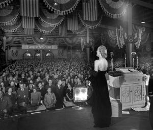 Lombard singing God Bless America