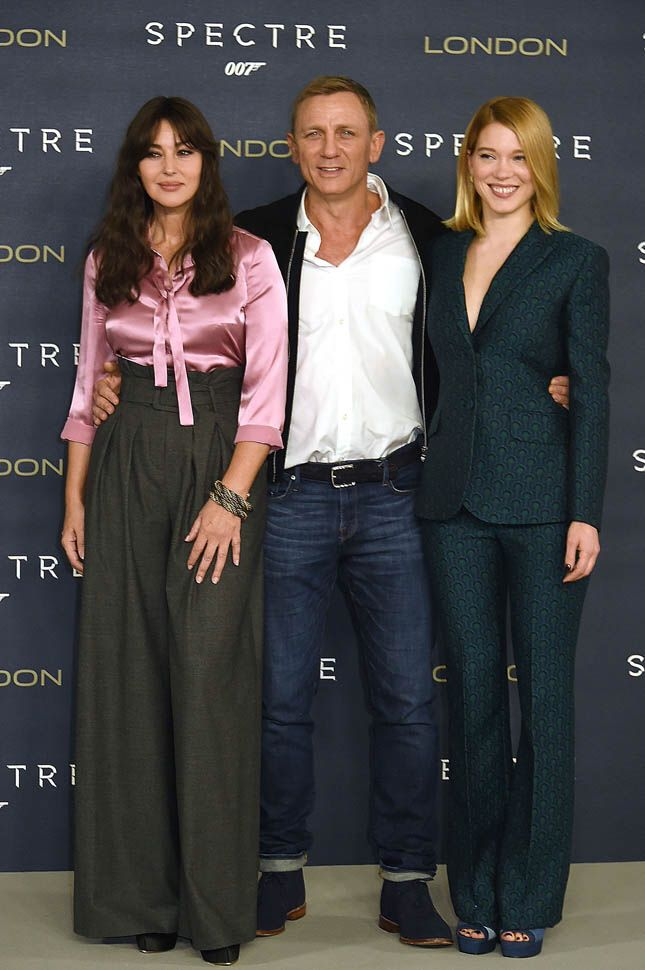 Monica Bellucci with Daniel Craig and Lea Seydoux. Spectre photocall, London, October 2015.