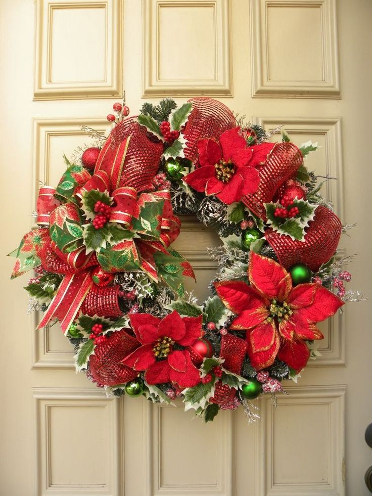 Traditional Christmas Door Wreath Red Poinsettias