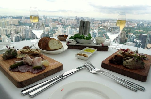Travel and Lifestyle Diaries Blog: Sky-High Lunch with a View in Singapore: 3-Course Meal at Salt Grill & Sky Bar
