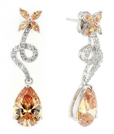 Floating Petals Earrings- C$ 956 http://bit.ly/1NIaNIO