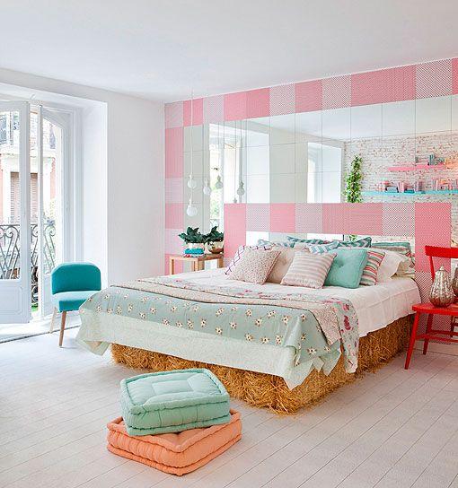 Dormitorio femenino en tonos pastel
