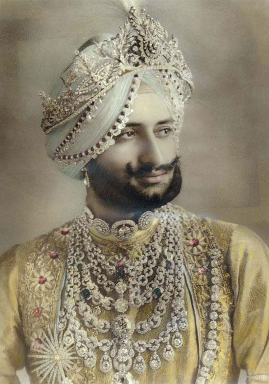 Maharaja Bhupinder Singh of Patiala - Wearing the Famous Patiala Necklace commissioned to Cartier inset with the De Beers Diamond.