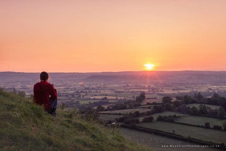 Watching the solstice sunrise Happy solstice! Here's everything you need to know about the June solstice. Photo via Sarah Little-Knitwitz, Glastonbury Tor, Somerset, U.K. | EarthSky