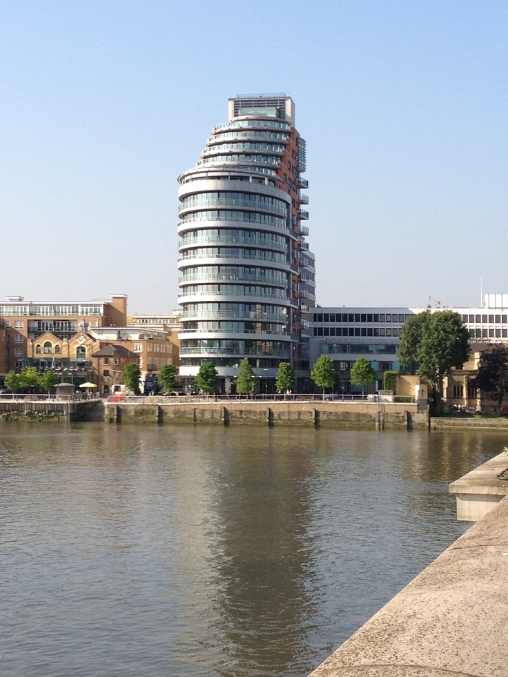This used to be ICL Lon11 where I worked by Putney  Bridge, now apartments