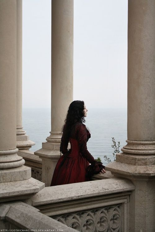 The pirate king married his first mate, the beautiful Cora, daughter of a rich merchant he saved after finding him clinging onto a piece of his broken boat. When he's gone she stands on her balcony, praying to the witch of the sea for protection. Her love shall return.