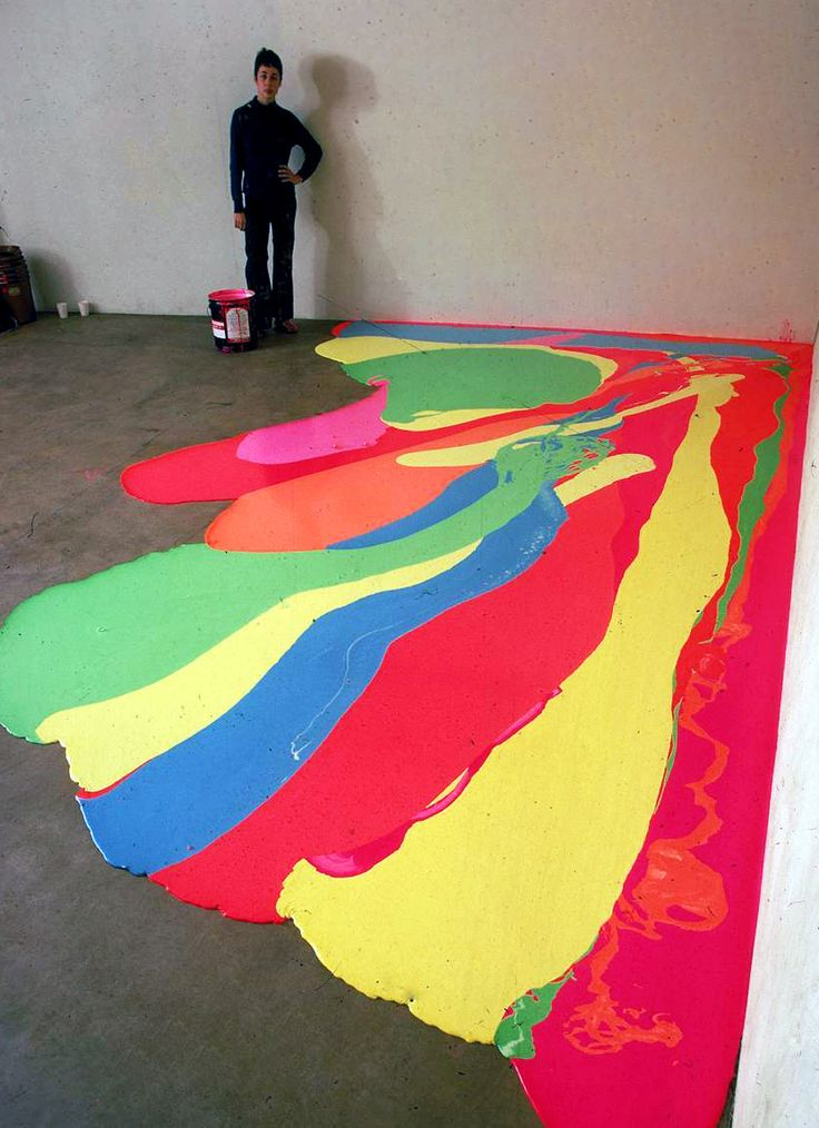Cool Way To Decorate The Garage Floor