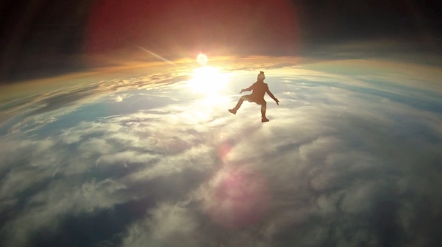 Amazing skydiving videos via @Brennan Boblett