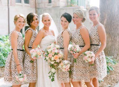 Prikkede brudepigekjolet / Dotted bridesmaid dresses