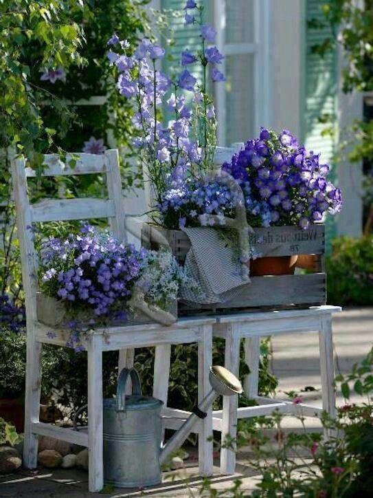 Decorar tu jard n es muy f cil con sencillos huacales y for Ideas jardines exteriores